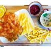 Kotlet Schabowy z Ziemniakami i surówką - Originele schnitzel